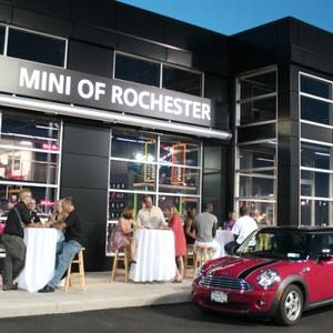 3875_WHR_MINI_Showroom_Front.jpg